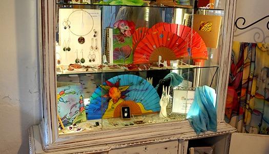 Abrimos Tienda en La Antilla (Huelva). Estamos en LA CASA AZUL. C/Delfín, 9